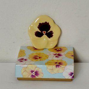 VTG Avon Porcelain Yellow Pansy Brooch Pin